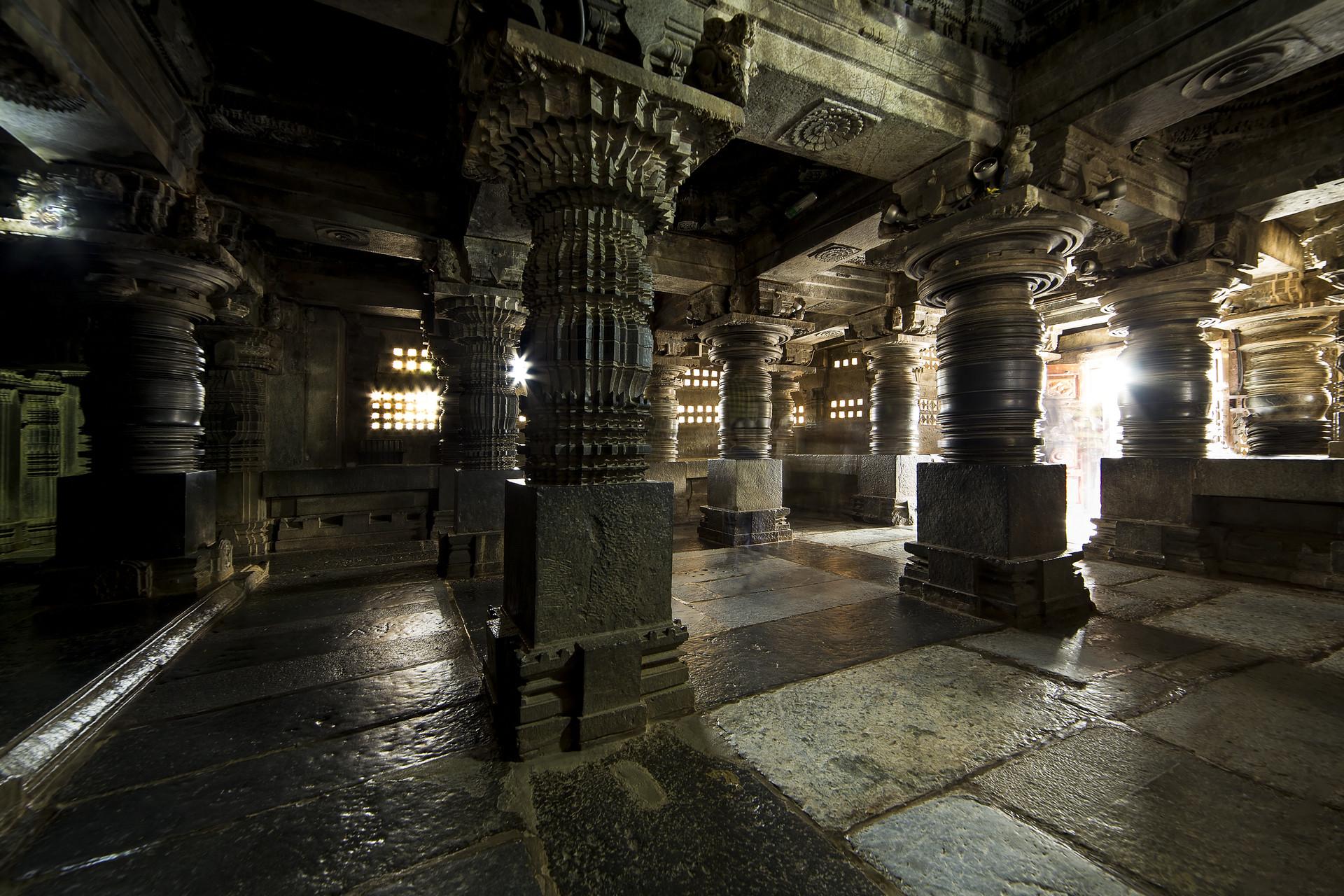 Somnathpur Pillars